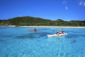 Sea kayaking zamami okinawa